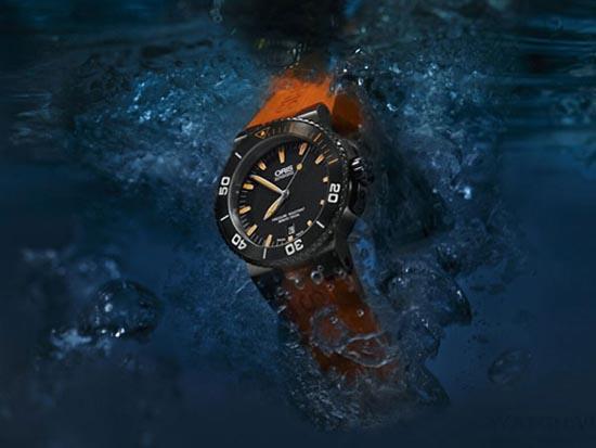 Oris Aquis Data marchio Orange nuovo orologio subacqueo