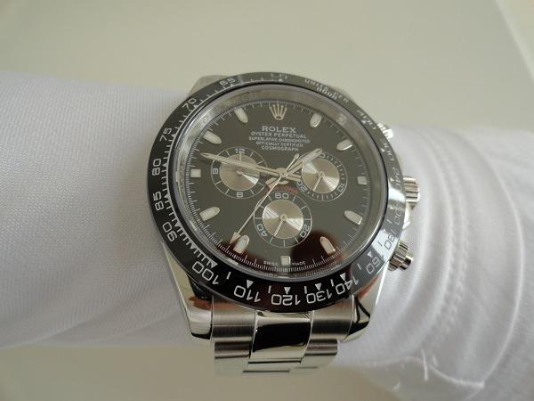 Presentando i Rolex Daytona Cronografo Nero lunetta in ceramica Replica Orologi